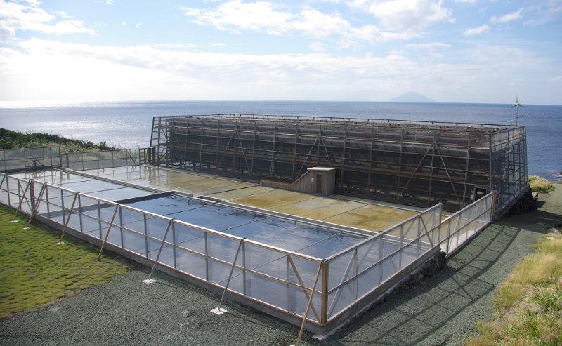 海の精ネット架流下式塩田