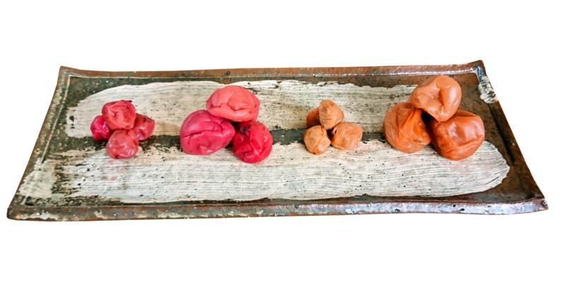 たまな食堂の有機梅干 紀州南高梅と紀州小梅