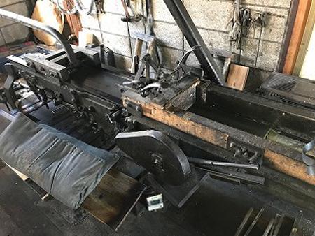 経木を削る機械